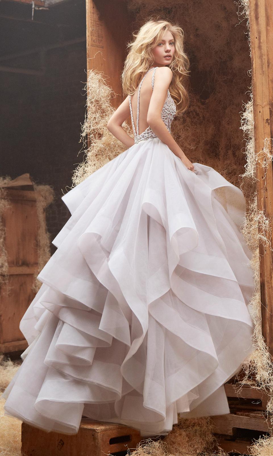 кружевные платья 2011 с вырезом